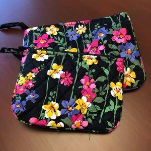 Bundle Vera Bradley cosmetic bags/pouches